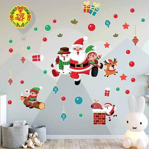 Trang trí tường bằng giấy decal dán tường Noel